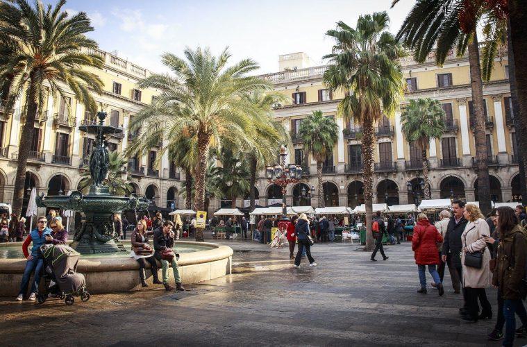 barcelona-2371946_1920(1)